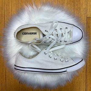 Converse • White Chuck Taylor All Star